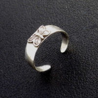 Butterfly sterling silver band toe ring